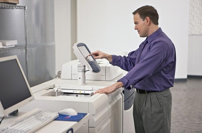 man-printing-small-700×460